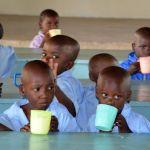 Kinder biem Essen